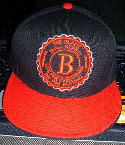 BLACKWALLSTREET RED LOGO BASEBALL CAP - BLACK